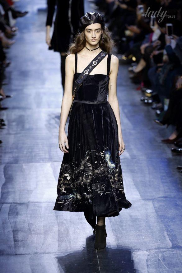 Коллекция Christian Dior прет-а-порте сезона осень-зима 2017-2018_34