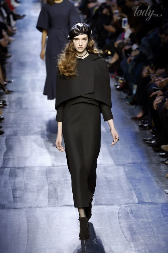 Коллекция Christian Dior прет-а-порте сезона осень-зима 2017-2018_39
