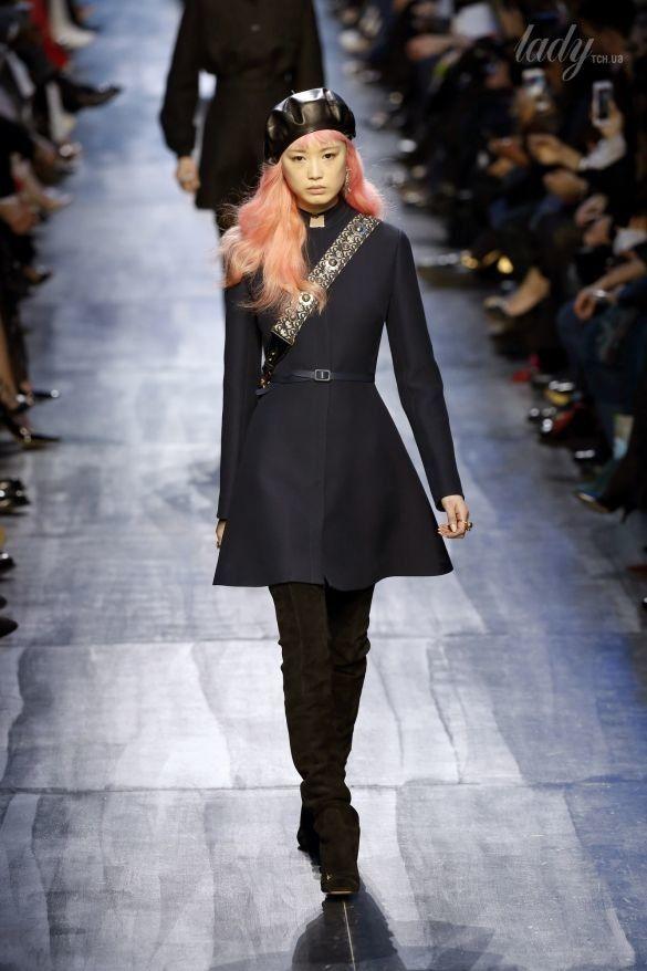 Коллекция Christian Dior прет-а-порте сезона осень-зима 2017-2018_43