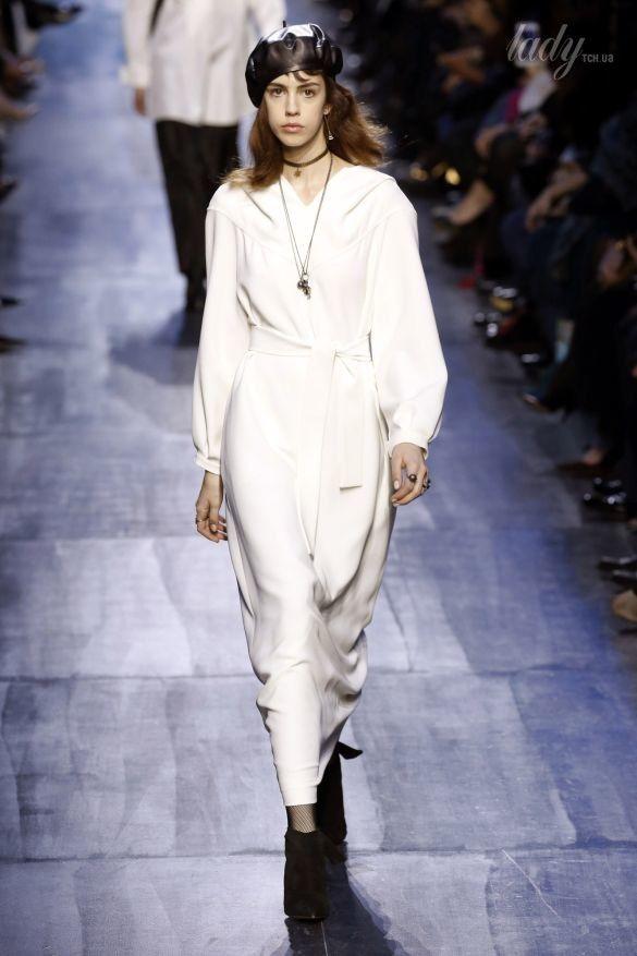 Коллекция Christian Dior прет-а-порте сезона осень-зима 2017-2018_48