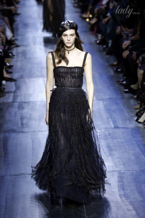Коллекция Christian Dior прет-а-порте сезона осень-зима 2017-2018_66