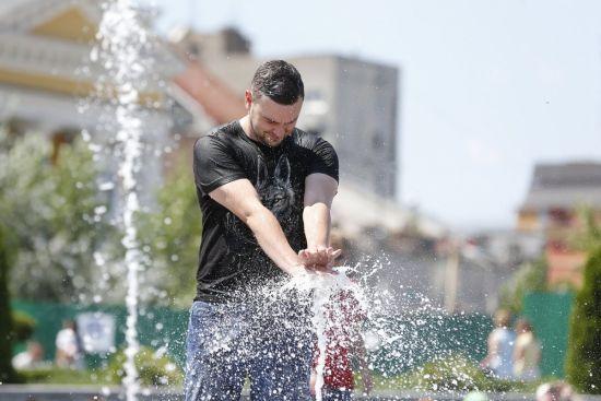 В Україні спаде спека та пройдуть короткочасні дощі. Прогноз погоди на 4 липня