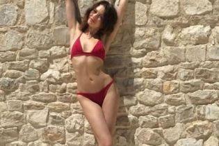 Звезды на отдыхе: Ольга Куриленко похвасталась стройной фигурой в бикини
