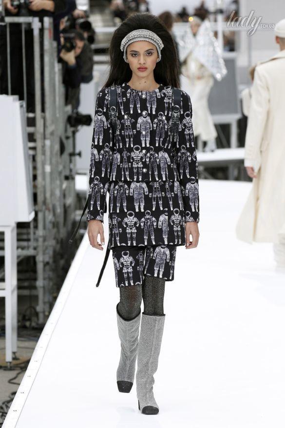 Коллекция Chanel прет-а-порте сезона осень-зима 2017-2018_70