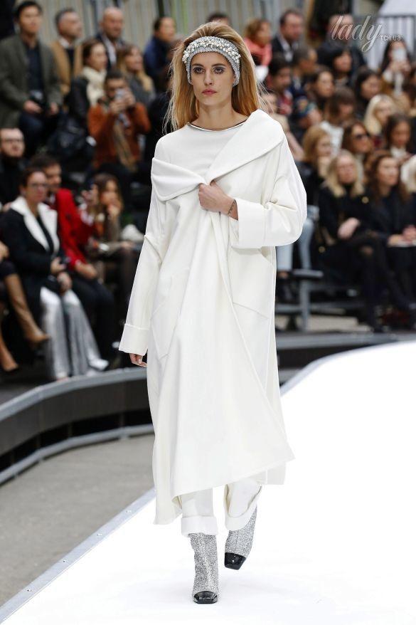 Коллекция Chanel прет-а-порте сезона осень-зима 2017-2018_20