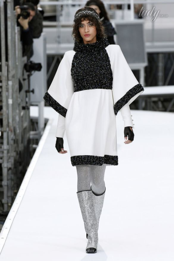 Коллекция Chanel прет-а-порте сезона осень-зима 2017-2018_86