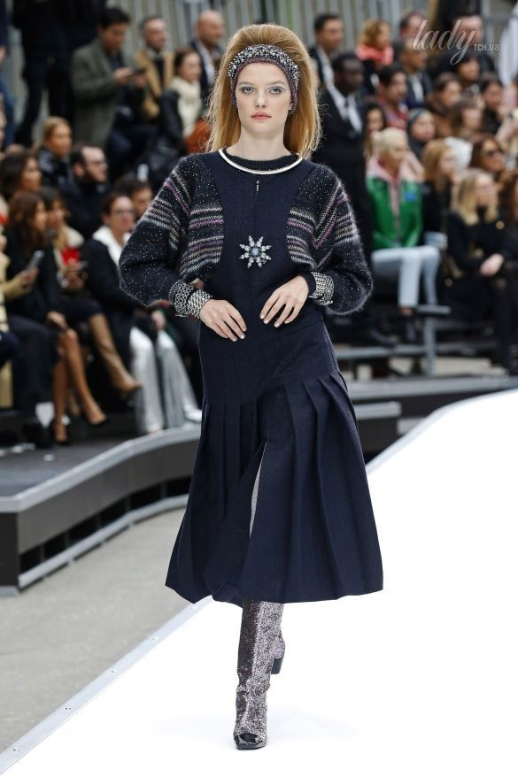 Коллекция Chanel прет-а-порте сезона осень-зима 2017-2018_40