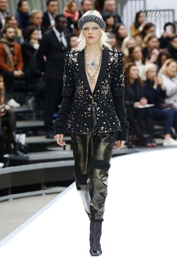 Коллекция Chanel прет-а-порте сезона осень-зима 2017-2018_47
