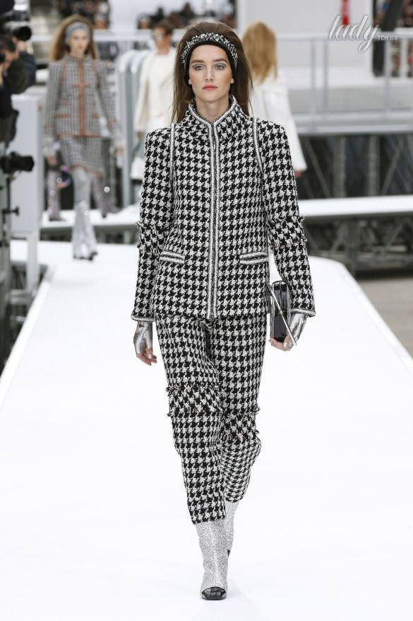 Коллекция Chanel прет-а-порте сезона осень-зима 2017-2018_65
