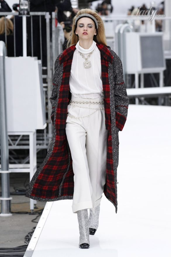 Коллекция Chanel прет-а-порте сезона осень-зима 2017-2018_59