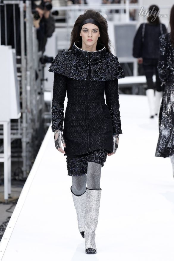 Коллекция Chanel прет-а-порте сезона осень-зима 2017-2018_87