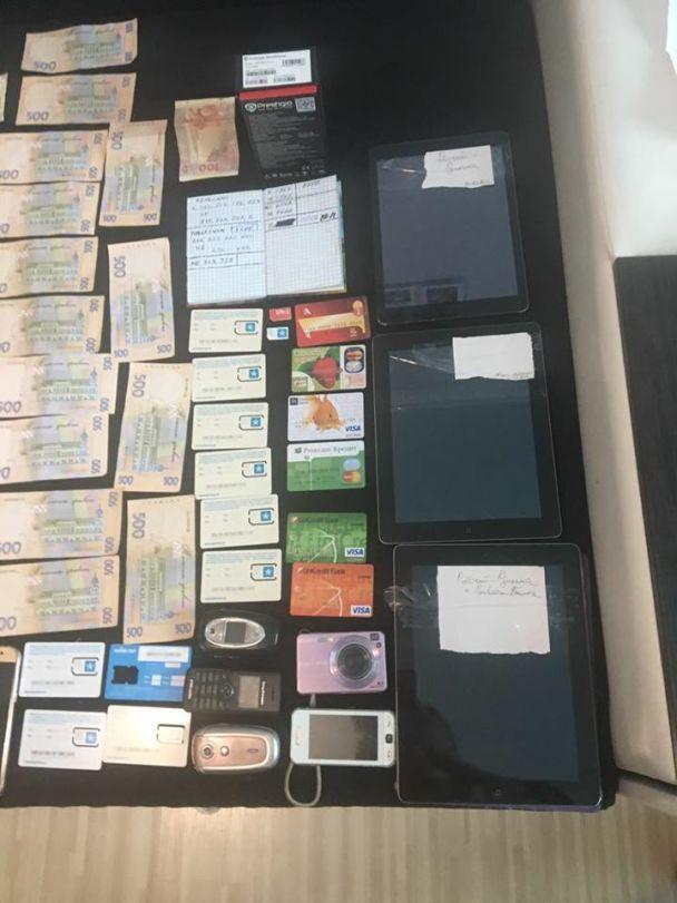 """В Киеве экс-сотрудники """"Приватбанка"""" вывели через мошенническую схему около 200 тысяч гривен"""