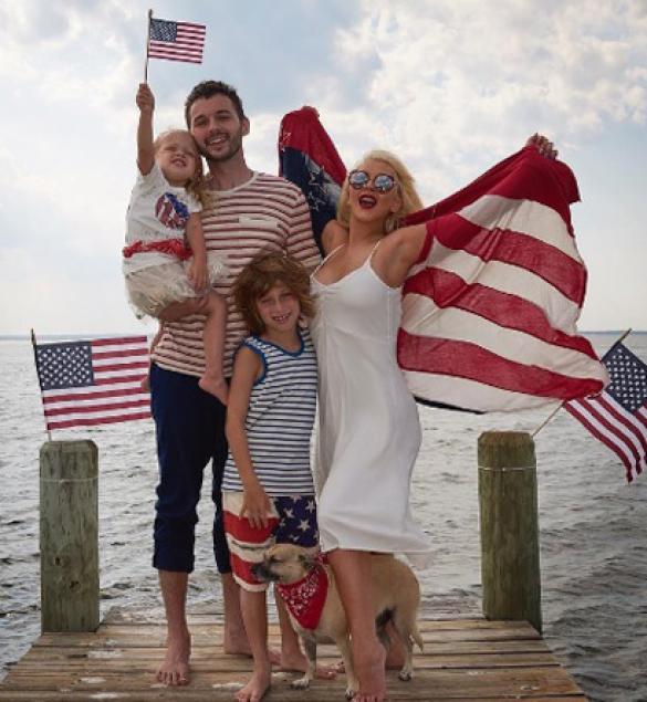 Звезды отпраздновали День независимости США_3