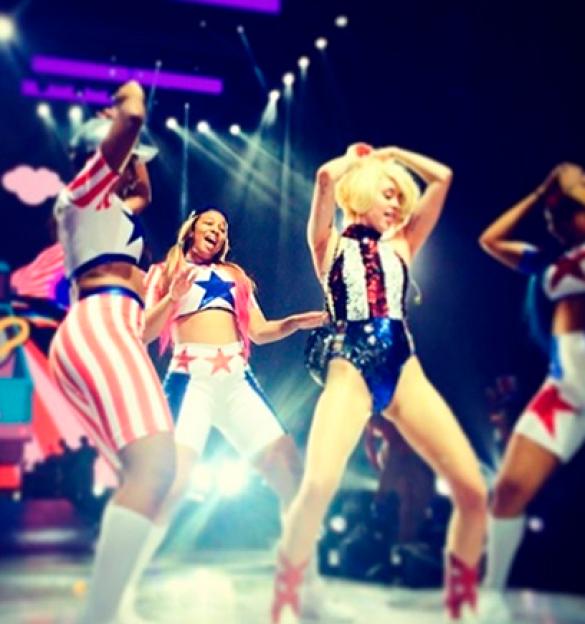 Звезды отпраздновали День независимости США_5