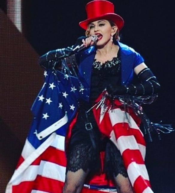 Звезды отпраздновали День независимости США_1