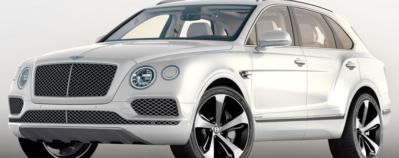 В Киеве внедорожник Bentley Bentayga попал в ДТП