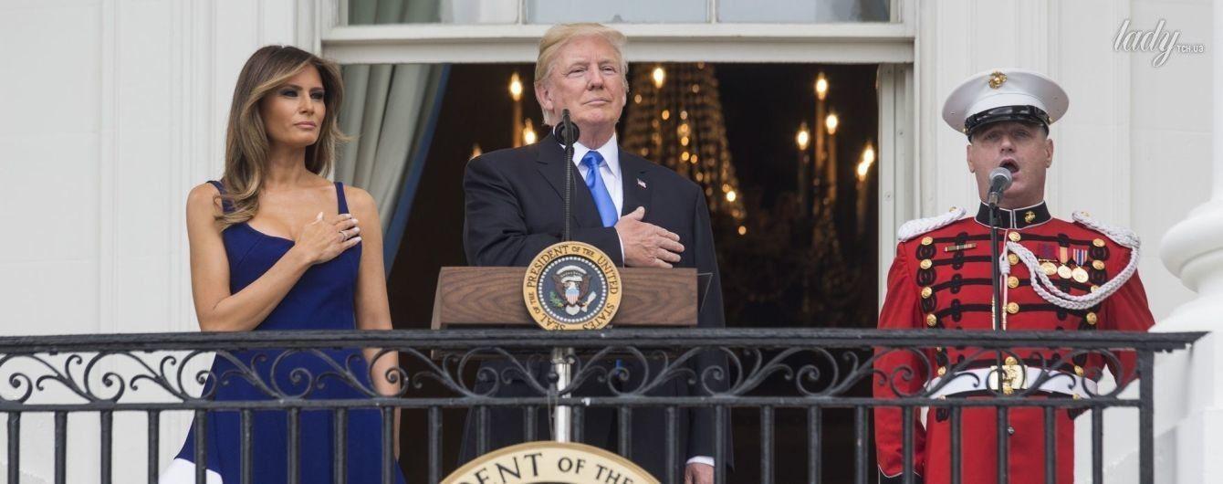 Дешево, но красиво: Мелания Трамп надела на торжественное мероприятие скромное платье