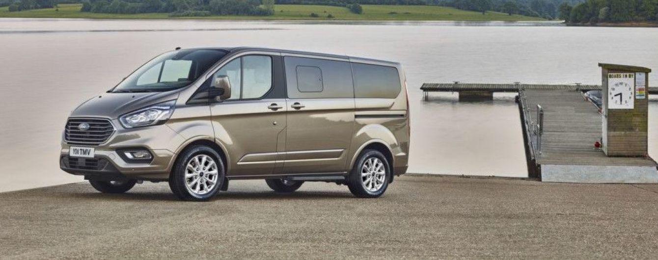 Ford обновил микроавтобус Tourneo Custom