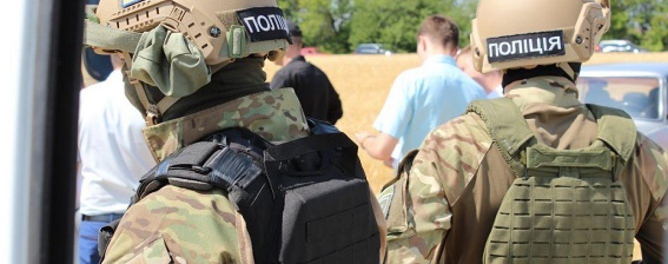 """В Україні створять поліцейську академію, щоб відсіяти """"бракованих"""" копів"""