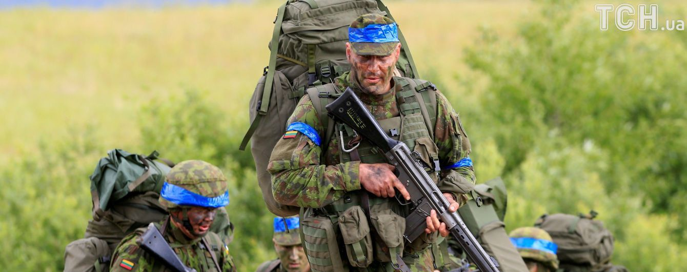 Украина официально определила вступление в НАТО приоритетом национальных интересов