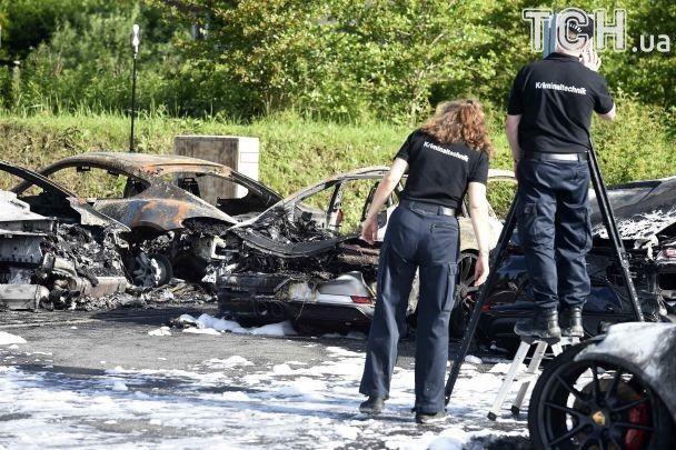 Накануне саммита G20 в Гамбурге сожгли восемь элитных автомобилей Porsche