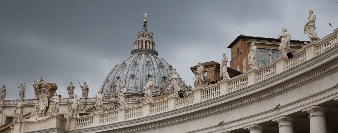В Ватикане секретаря кардинала застали во время гей-оргии с наркотиками