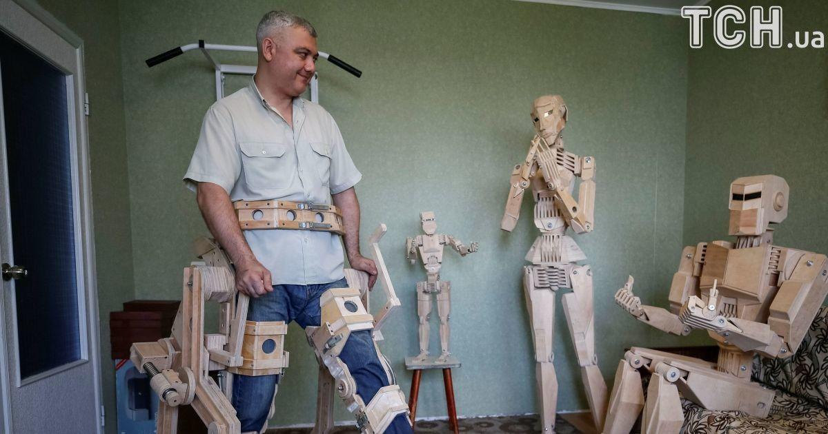 Дерев'яні  роботи. @ Reuters