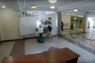 У Росії робот врятував дитину, на яку ледь не звалилася шафа