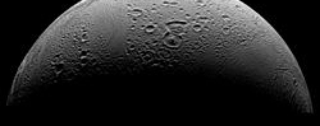 На супутнику Сатурна знайшли спирт