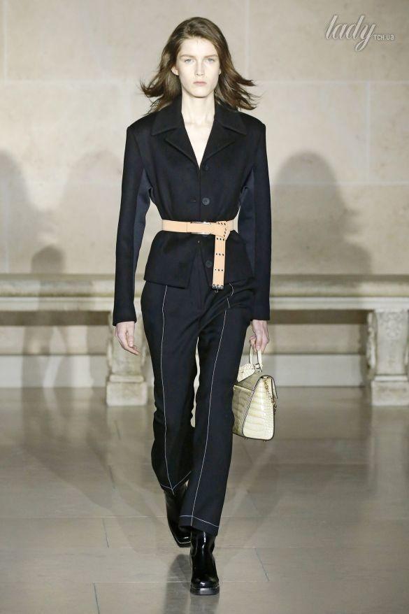 Коллекция Louis Vuitton прет-а-порте сезона осень-зима 2017-2018_12