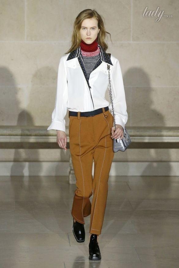 Коллекция Louis Vuitton прет-а-порте сезона осень-зима 2017-2018_24