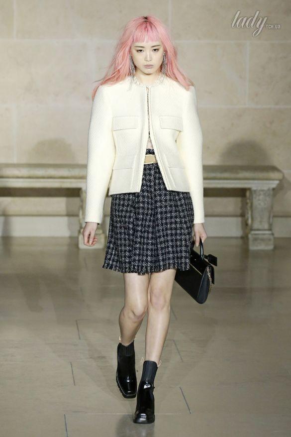 Коллекция Louis Vuitton прет-а-порте сезона осень-зима 2017-2018_20
