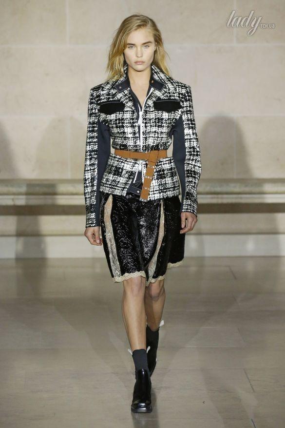 Коллекция Louis Vuitton прет-а-порте сезона осень-зима 2017-2018_29