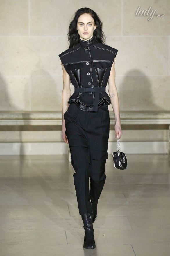 Коллекция Louis Vuitton прет-а-порте сезона осень-зима 2017-2018_43