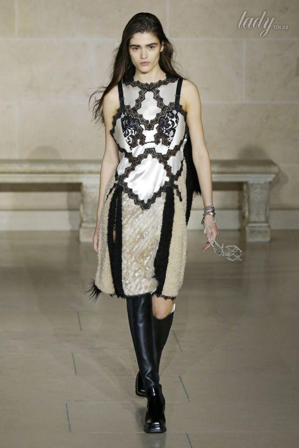 Коллекция Louis Vuitton прет-а-порте сезона осень-зима 2017-2018_46