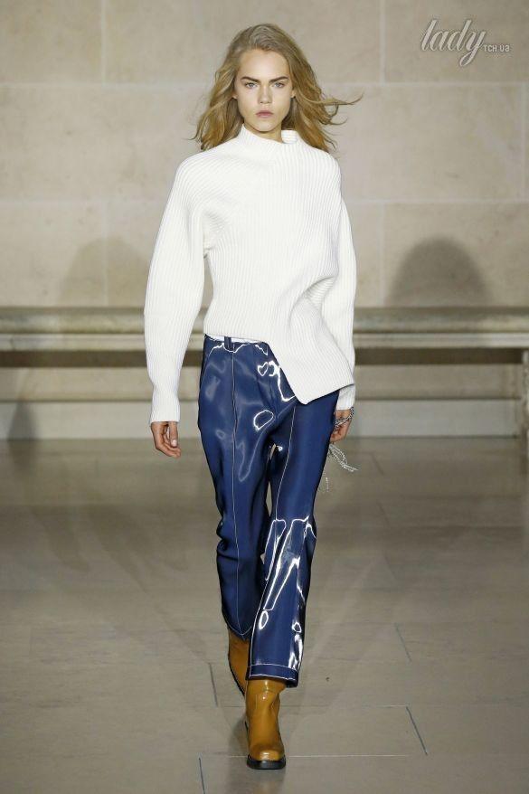 Коллекция Louis Vuitton прет-а-порте сезона осень-зима 2017-2018_28