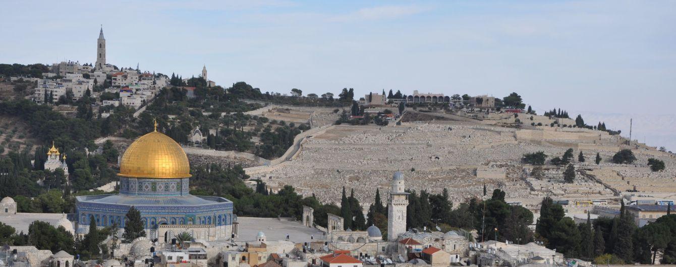 Теракт в святом месте: в Иерусалиме расстреляли полицейских