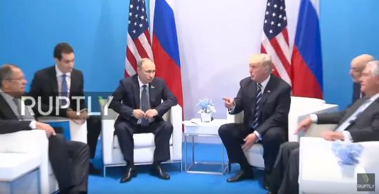 Нові подробиці переговорів Путіна та Трампа. П'ять новин, які ви могли проспати