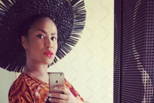 Співачка Гайтана натякнула, що вперше стала мамою