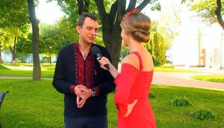 Володимир Омелян зізнався, як дружина-дизайнер змінює його гардероб