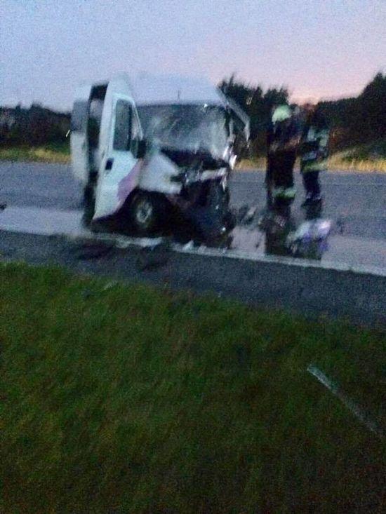 На Львівщині лоб у лоб зіткнулися легковик і мікроавтобус: серед постраждалих – п'ятеро дітей