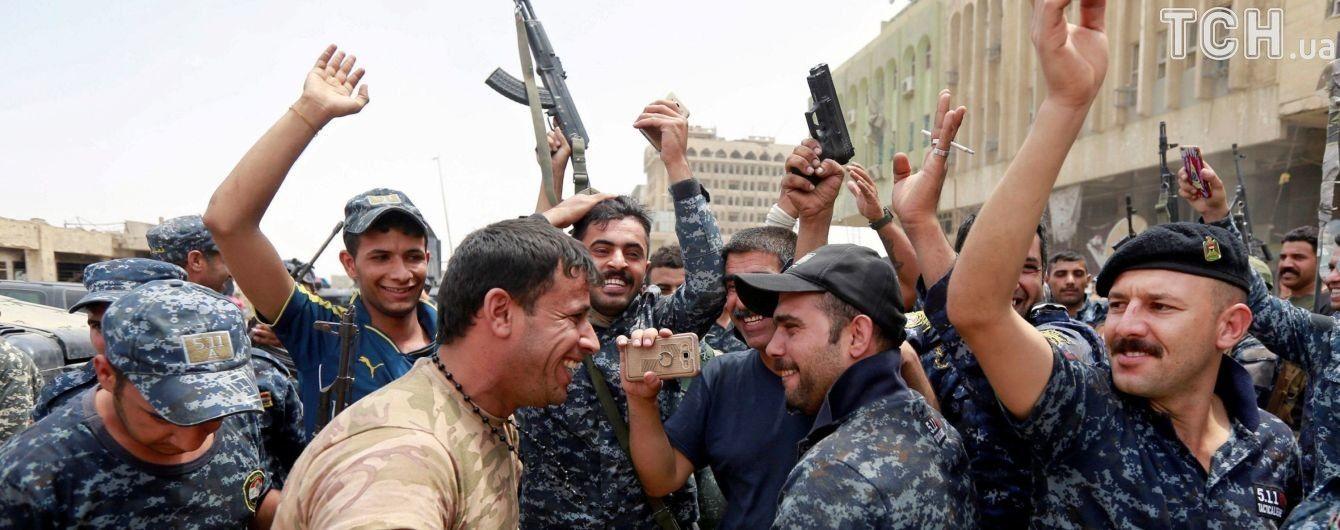 """Ірак оголосив про остаточну перемогу над """"Ісламською Державою"""" в Мосулі"""