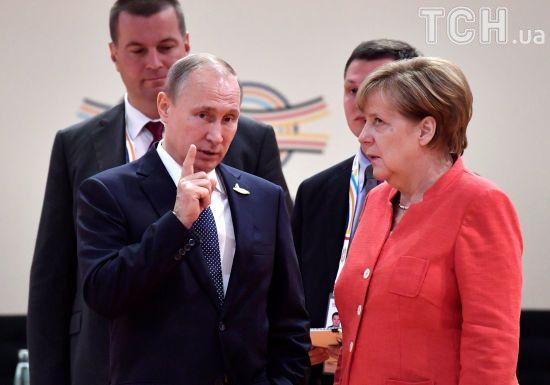Меркель привітала Путіна з перемогою на президентських виборах
