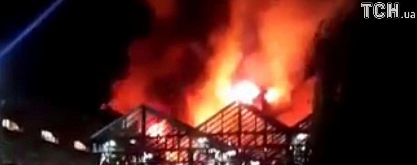 Пожежа в Лондоні та візит генсека НАТО. П'ять новин, які ви могли проспати