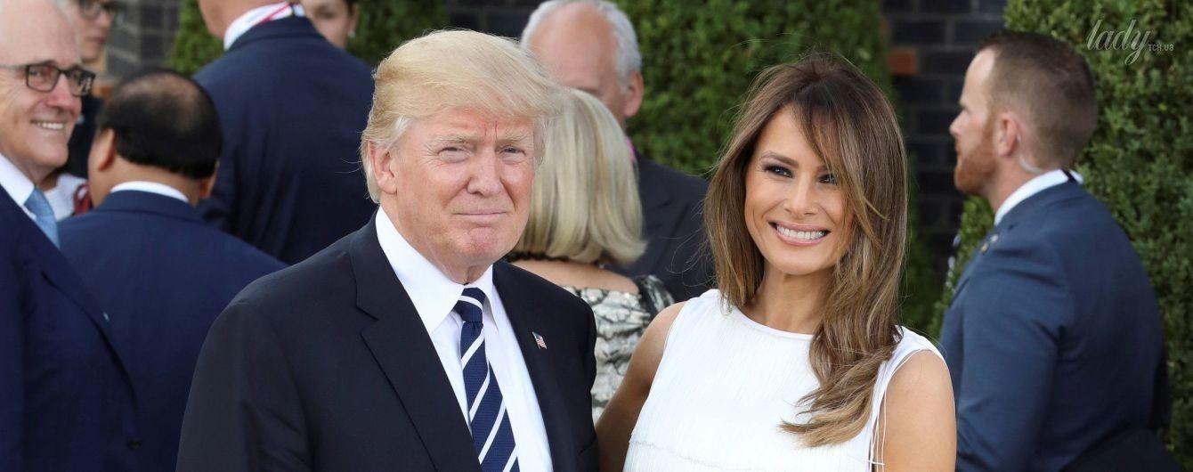 В платье с бахромой и на лубутенах: эффектный образ Мелании Трамп