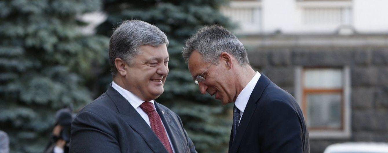 Порошенко розповів, за яких умов та коли Україна подасть заявку на вступ до НАТО