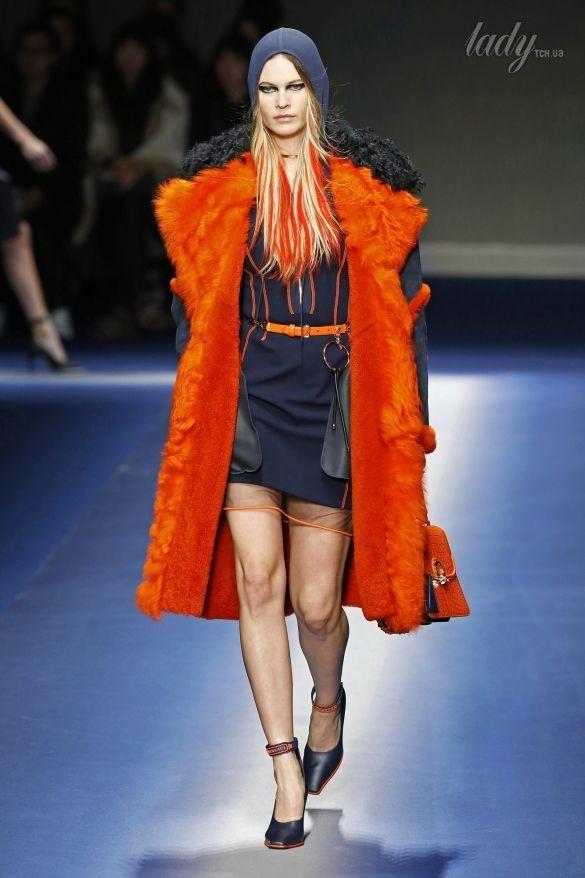 Коллекция Versace прет-а-порте сезона осень-зима 2017-2018_12