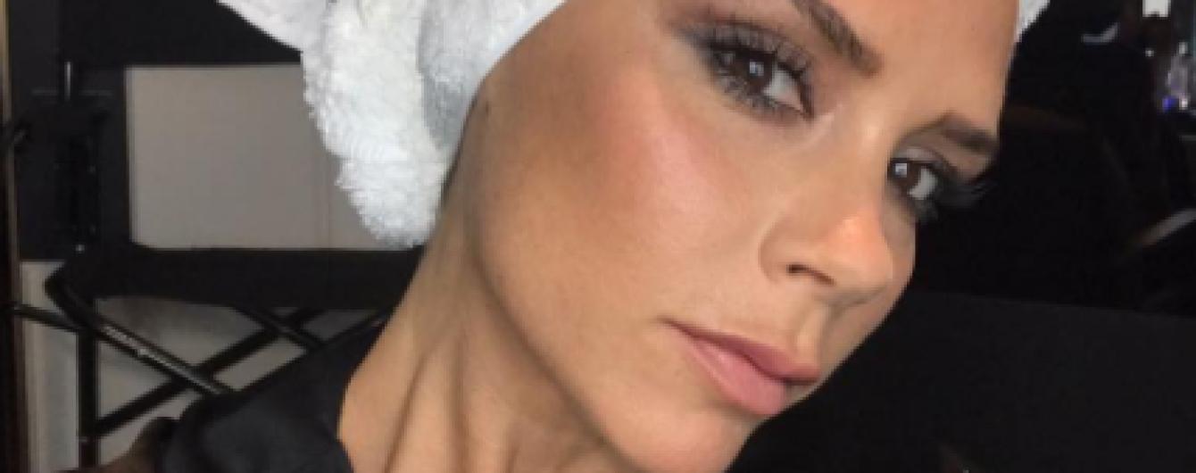 Стильная брюнетка: Виктория Бекхэм сделала новую прическу