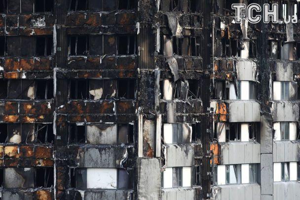 Копоть и пустота: в Сети появились фото последствий жуткого пожара в Лондоне