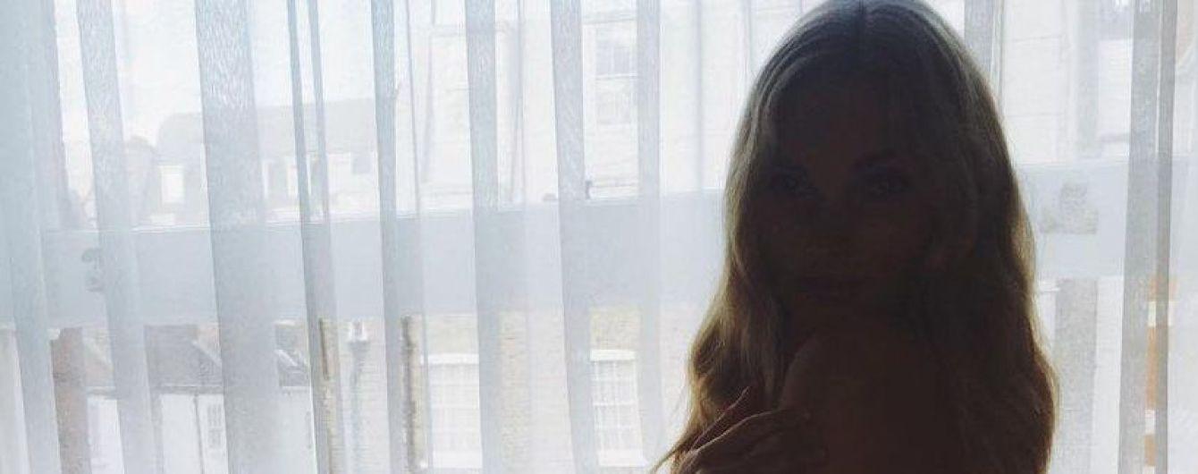 Красива и сексуальна: Эльза Хоск опубликовала обнаженное фото